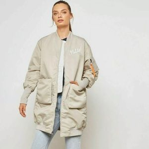 NIKE WMNS NSW NSP PARKA INSULATED MA1 SIZE MEDIUM
